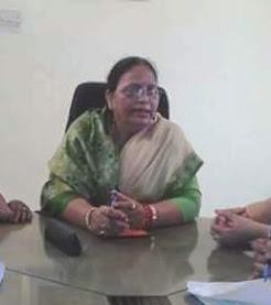 पीड़ित महिलायें राज्य महिला आयोग उ0प्र0 के वाट्सअप पर शिकायत भेजें