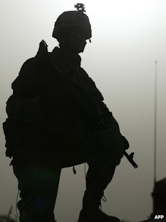 US service personnel will soon be using many different mobile gadgets