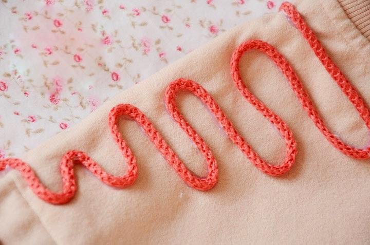 Tutorial adornar prendas de niña con cordones pegados