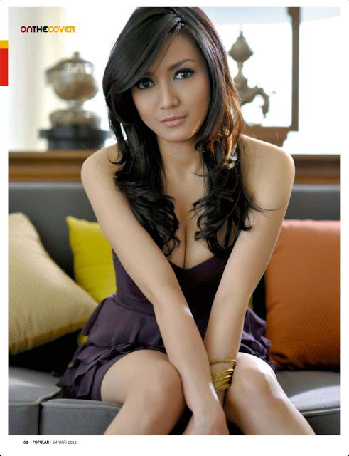 Foto HOT Seksi Wiwid Gunawan Terbaru