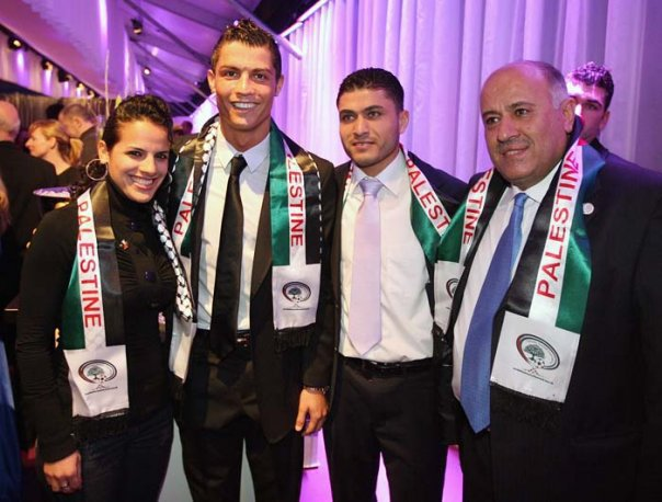 Cristiano Ronaldo Lelong Kasut Emas Demi Gaza