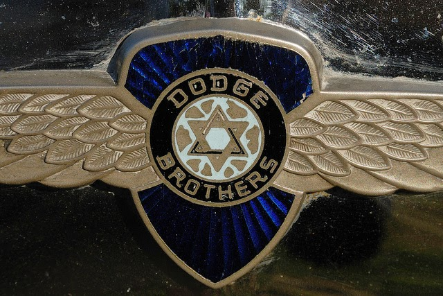 Love For His People: Star of David? - Dodge logos and hood ornaments