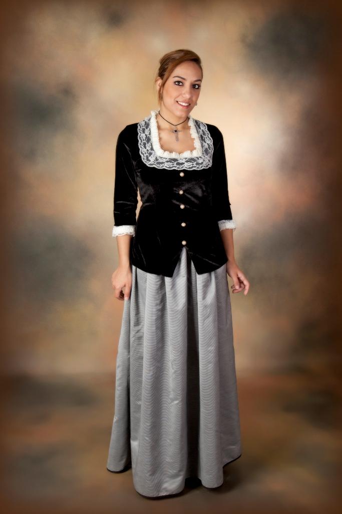 Carmen astete trajes de poca elegante traje de - Trajes de carnaval de epoca ...