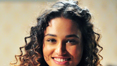 Débora Nascimento-Biografia e fotos