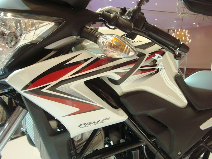 Honda CB150R Lawas Masih Dijual – Habiskan Stokkah?