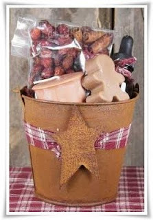 Rusty Tin Bucket Gingerbread