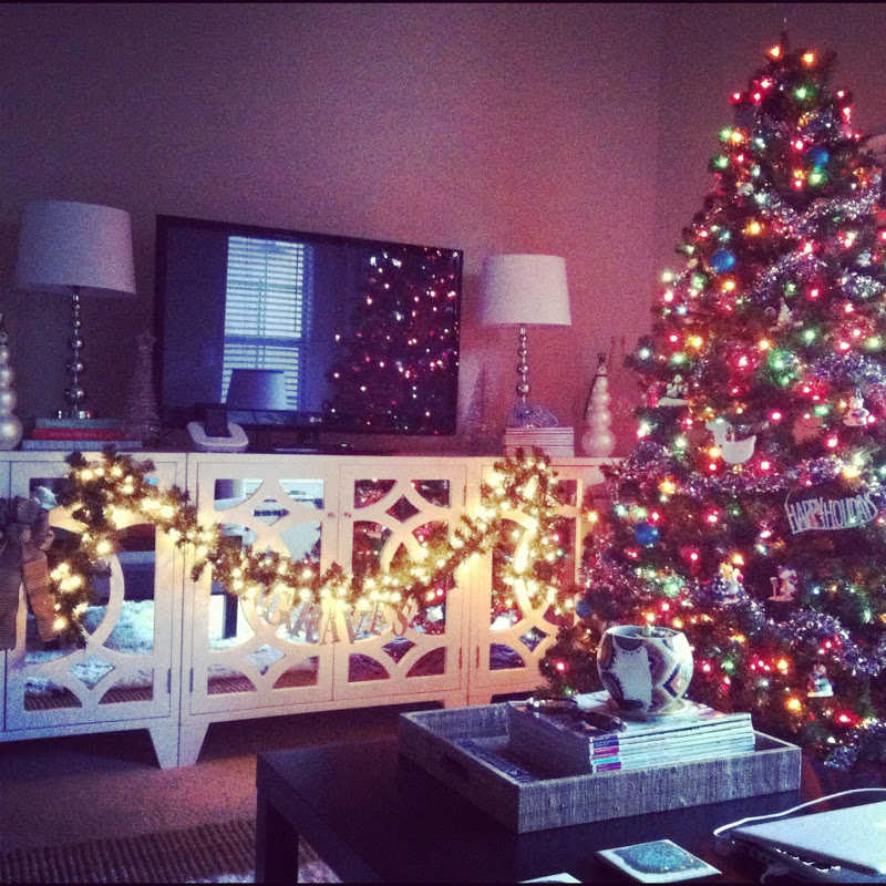 12 Days Of Instagram Christmas Decors: Stacy + Charlie: Instagram Updates