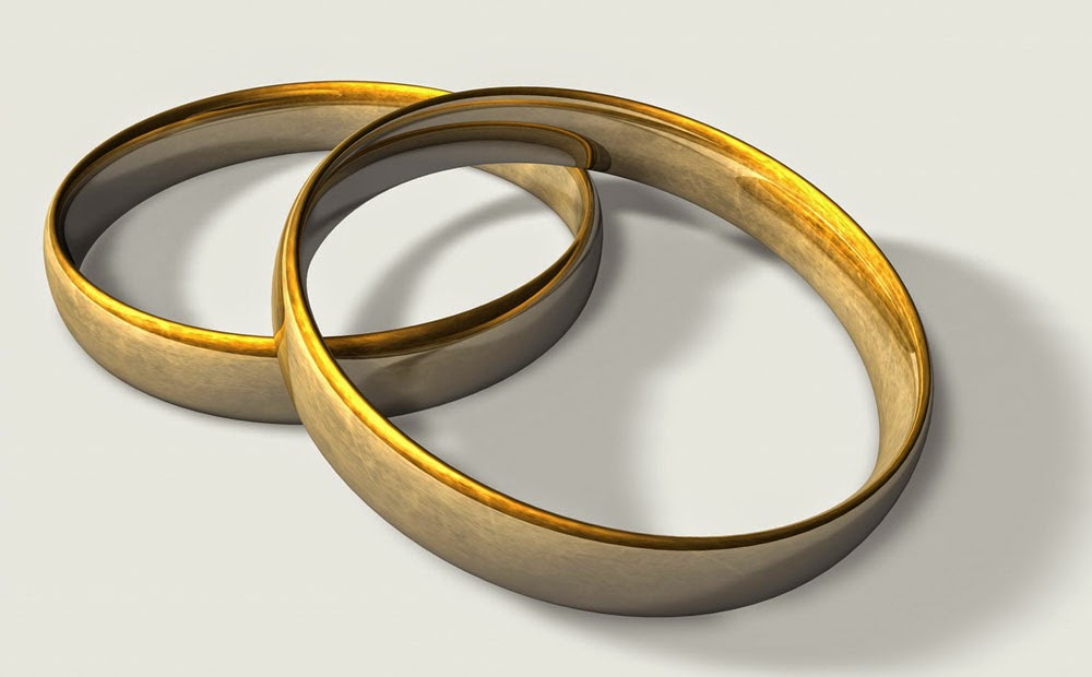 Two Gay Wedding Rings Sets Yellow Gold Elegant Model Pictures Hd