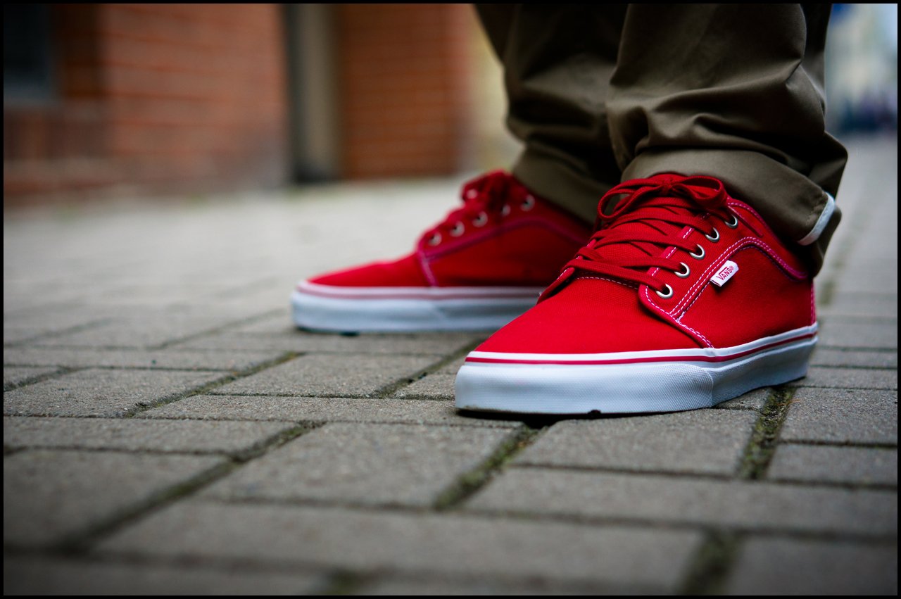red and white chukka low vans