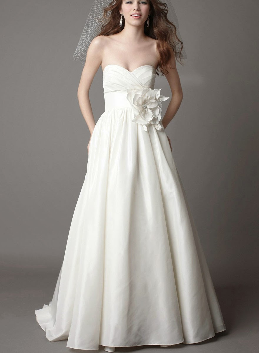 Beautiful 2013 Ivory Wedding Dresses Design Ideas Photos HD