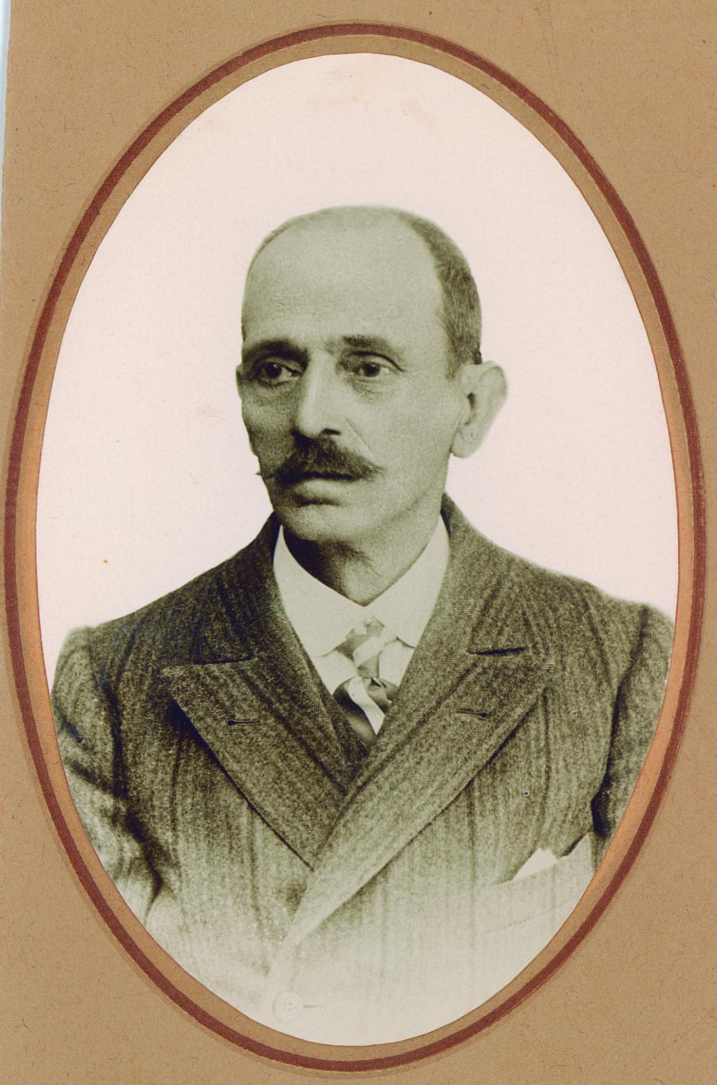 08.04.16 ALCALDE DE MANI- SES: JOSÉ GÓMEZ DEVÍS 1894