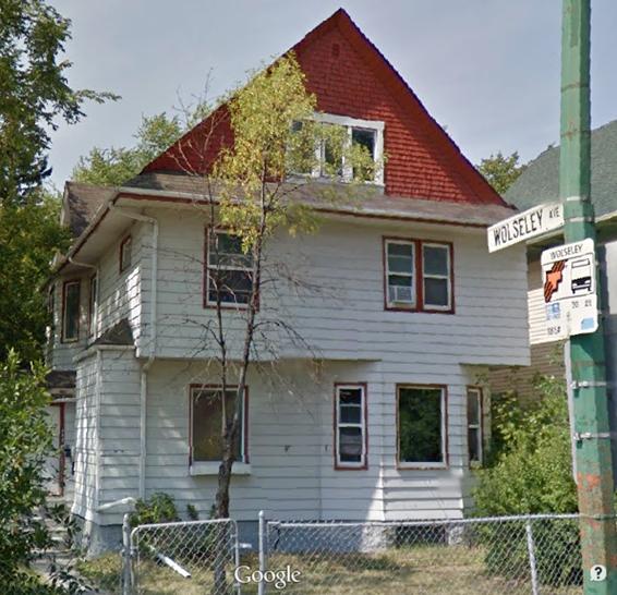 http://winnipegdowntownplaces.blogspot.ca/2014/12/54-maryland-street.html