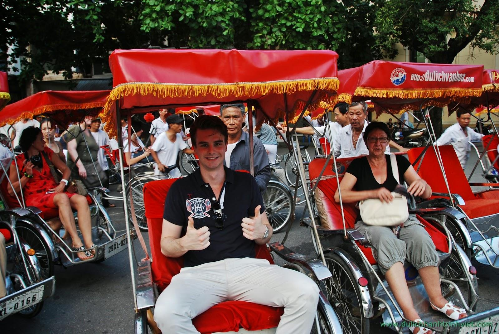 Một vòng tham quan thủ đô Hà Nội