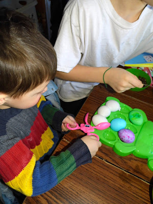 Easter-Egg-Decorating-Bright-Colored-Eggs