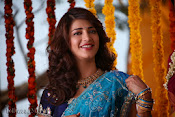 Shruti Haasan Stills from Balupu Movie-thumbnail-1