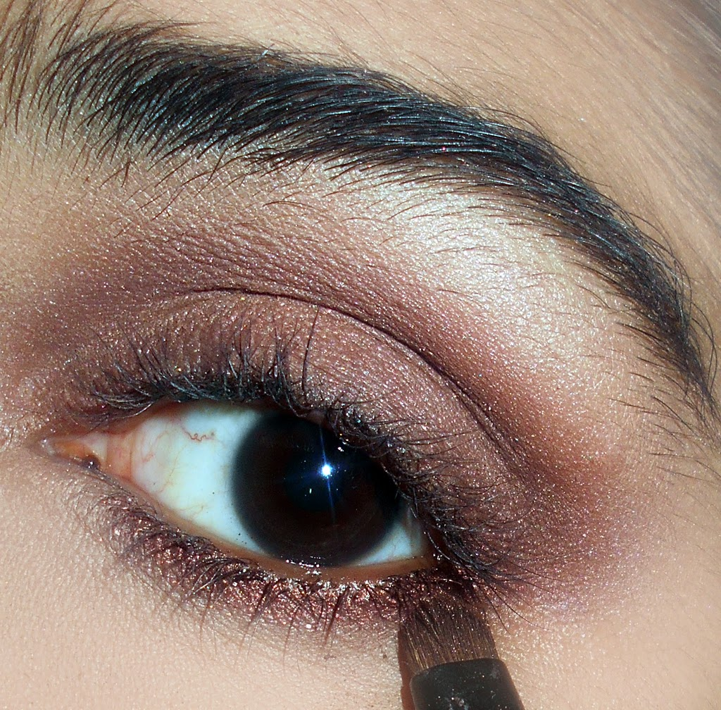 Everyday simple natural eye makeup tutorial glam express baditri Image collections