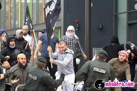 ISIS vs polisi