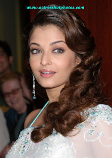 Actress Aishwarya Rai Bachchan Hairstyle Picture gallery