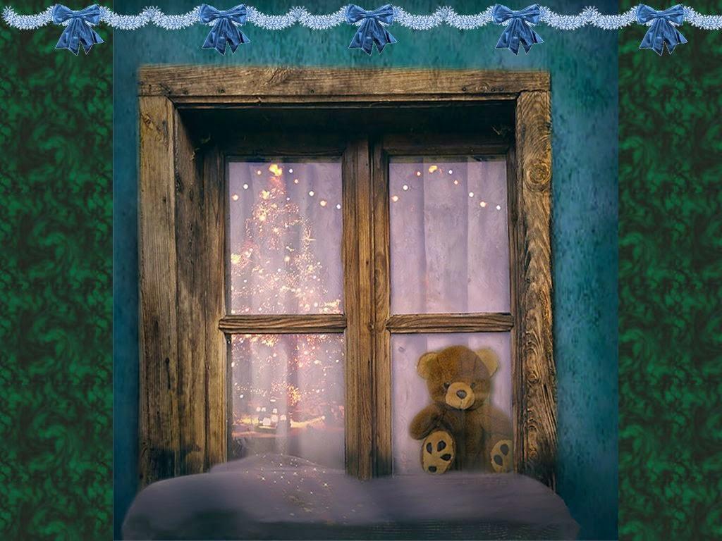 Teddy-bear-on-window-alone-christmas-1024x768.jpg