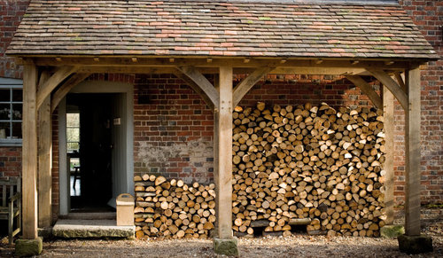 Wonderful Wood Shed Content In A Cottage