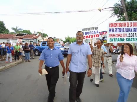 Pastores, Líderes y Hermanos marchan en SFM