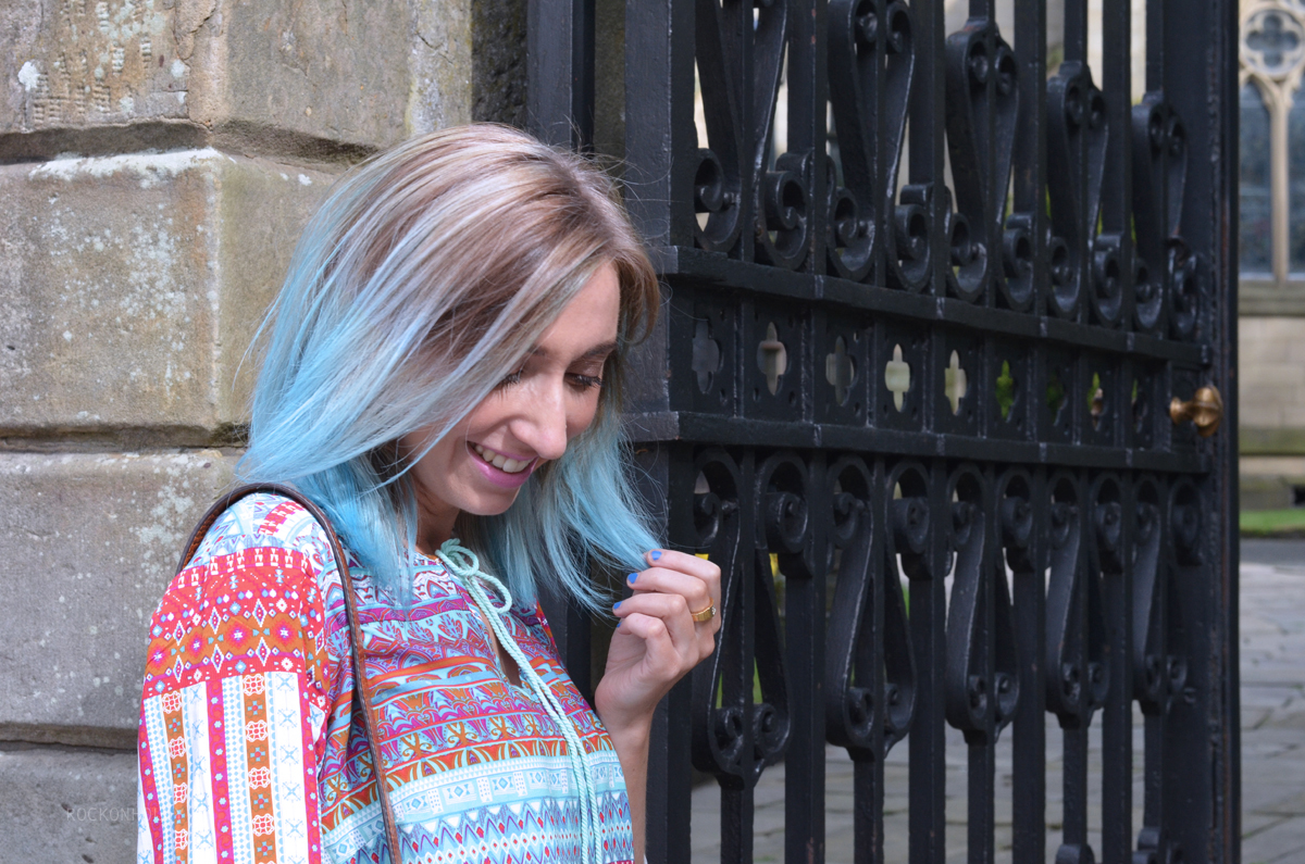 Out of the Blue Hair Dye Bleach London - Rock On Holly