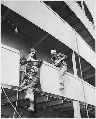 Chippers, mujeres que trabajan para la marina. 1942 Vintage