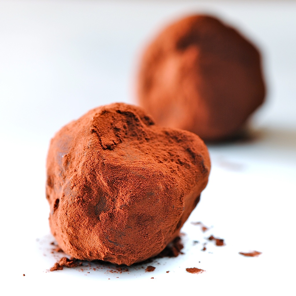 chocolate truffles dark chocolate truffles dark chocolate truffles ...