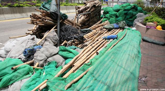 Andamios de bambú usados en Hong Kong