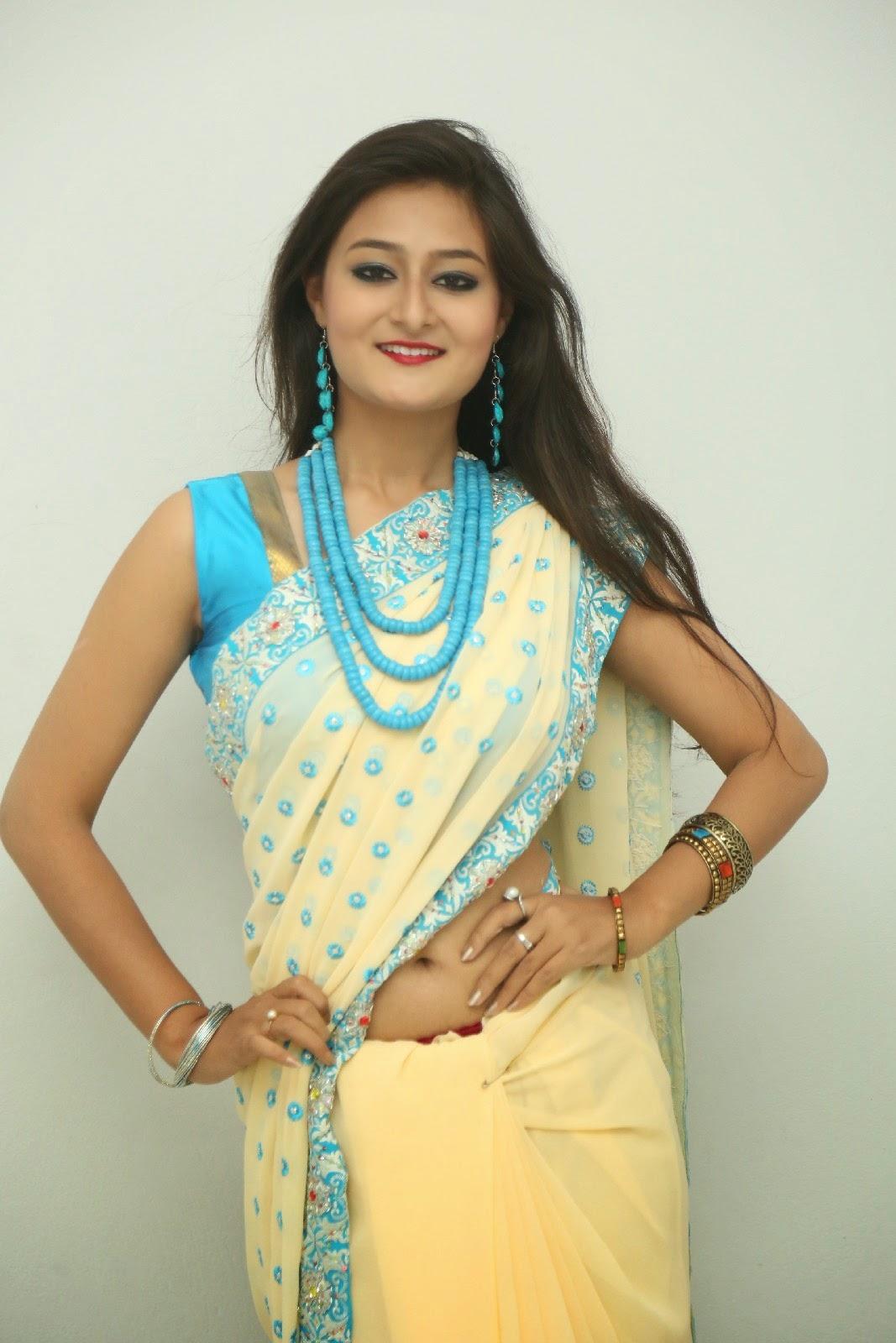 Nilofer sizzling saree photos-HQ-Photo-3