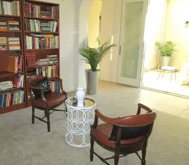 blog.oanasinga.com-interior-design-photos-decorating-our-own-house-the-library-tea-room-work-in-progress-5.JPG