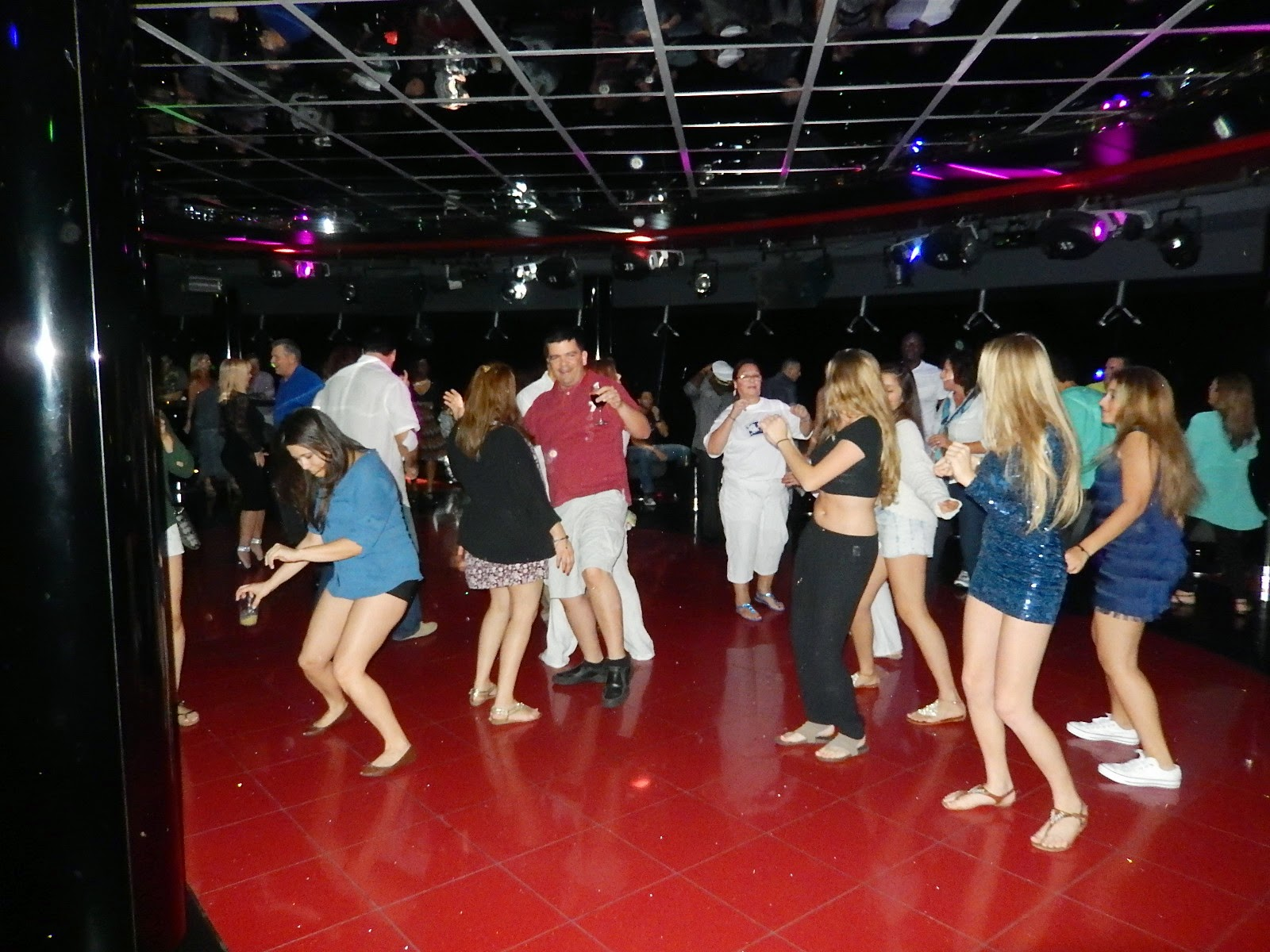 Save pleasure island club report galaxy disco msc divina for 1 2 3 4 sexin on the dance floor