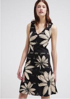 Dress etnik modern trend busana remaja masa kini