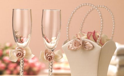 Home and Office Decoration: Wedding decoration-essential