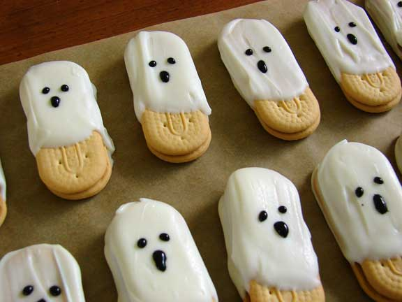Healthy Halloween Cookie Recipes Healthy Halloween Cookie Recipes Find healthy, scary and fun Halloween Cookie Recipes from the food and nutrition experts at EatingWell.