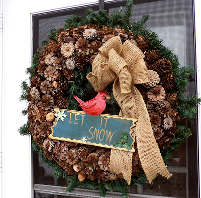 Outside winter decorations pine cone wreath