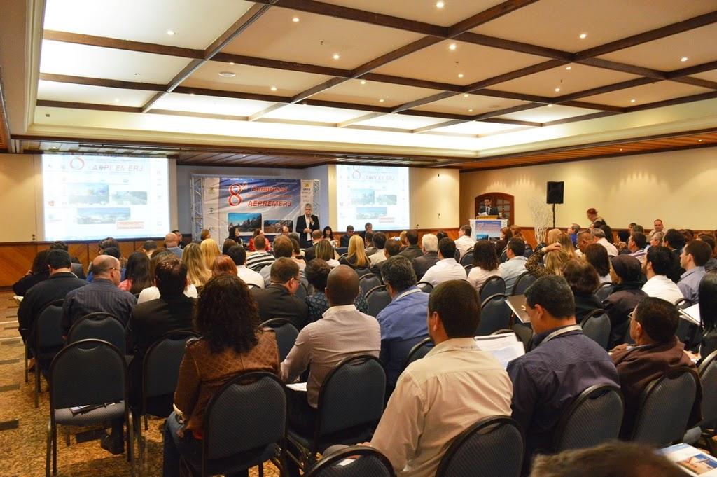 Regime próprio de previdência dos servidores municipais é tema de evento regional em Teresópolis