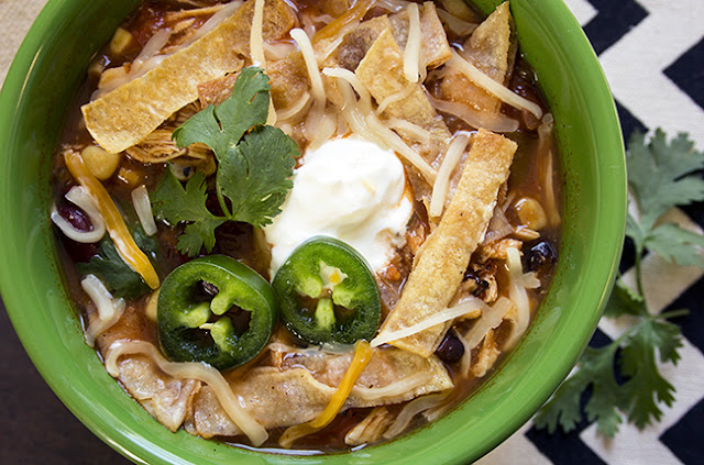 Slow Cooker Tortilla Chicken Soup #lowcaloriesouprecipe