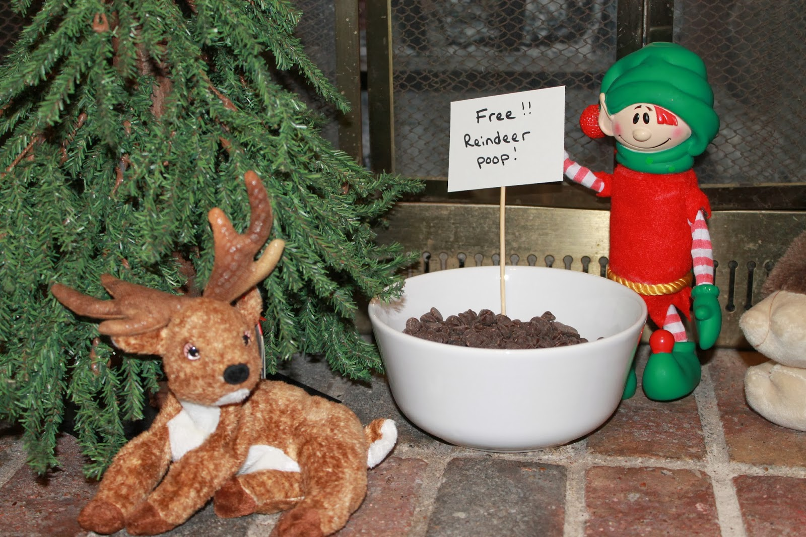The pie less traveled 2013 elf on the shelf week three for Elf on the shelf pooping on cookies