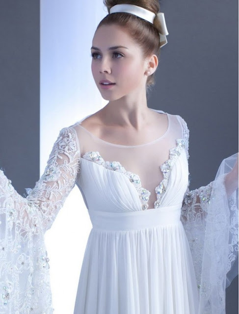 Chiffon Jewel Neckline Empire Wedding Dress with Lace Trumpet Sleeves