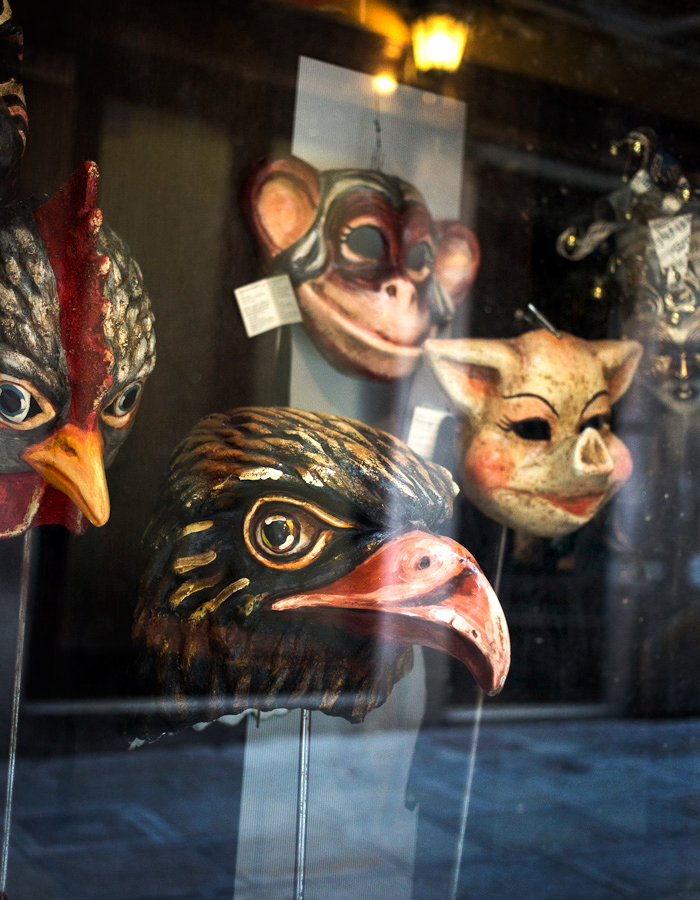 masks Venice 2015 photo by Kreetta Järvenpää www.gretchengretchen.com