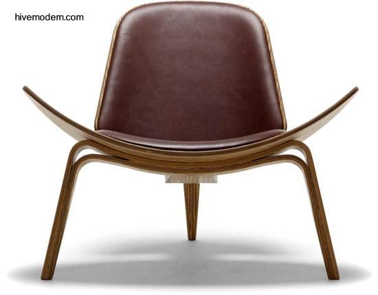 Decoraxpoco sillas que desafian la gravedad for Sillas de metal modernas