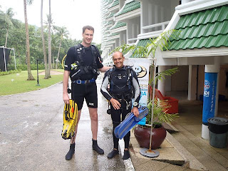 Alexey Katakov doing his PADI Open Water Diver at Sea Fun Divers Phuket, Thailand