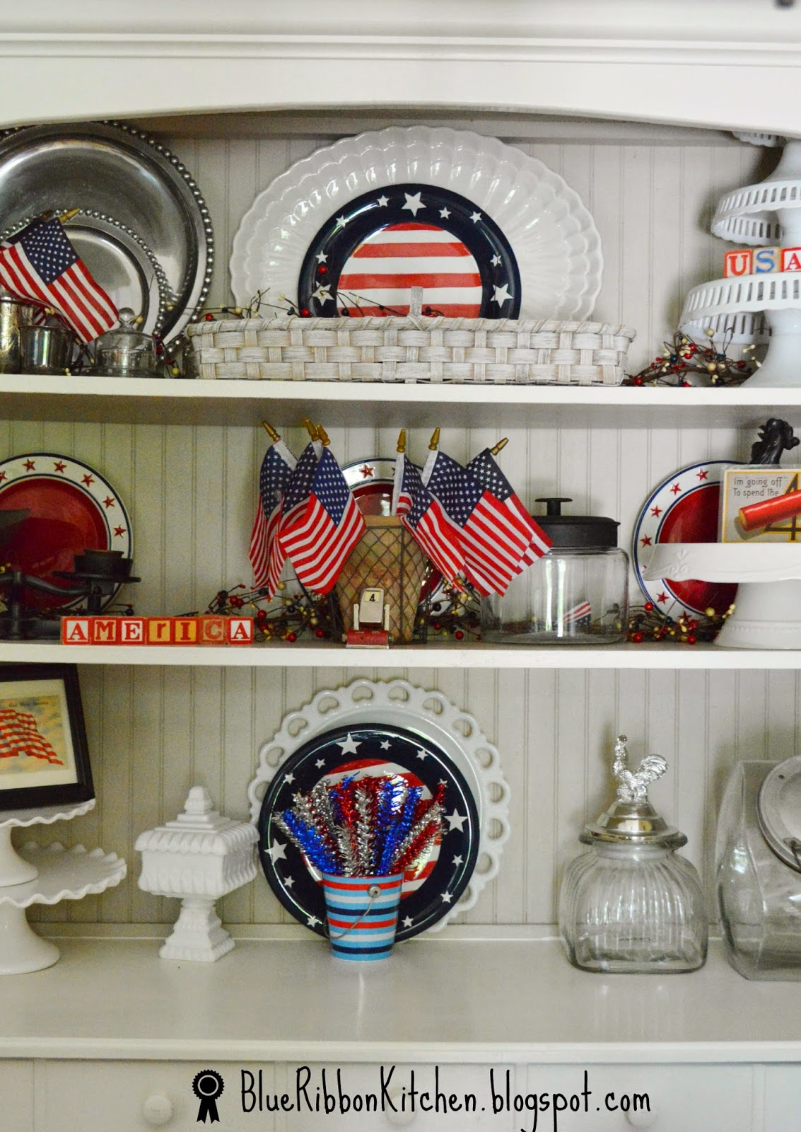 Patriotic kitchen - I Pick Up Antique Postcards With Strong Bold Graphics I Like To Frame Them And Add Them To Buffets And Place Settings I Don T Mind If The Corners Are