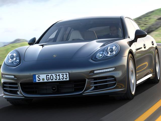 Review and Pictures of 2014 Porsche Panamera Sedan