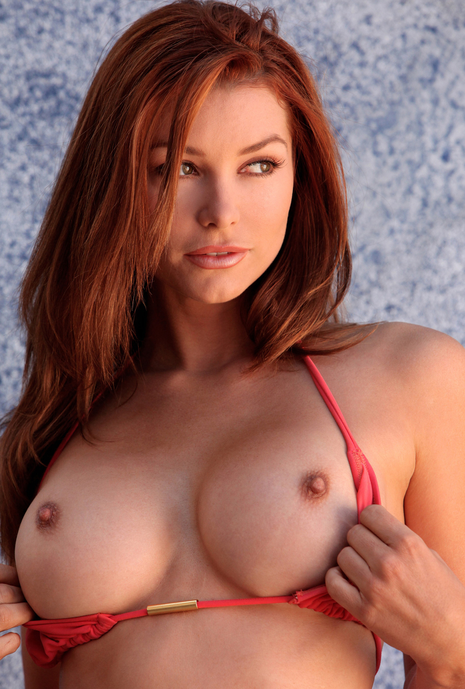 Sexy Pics that I Love: Titty McBoobs