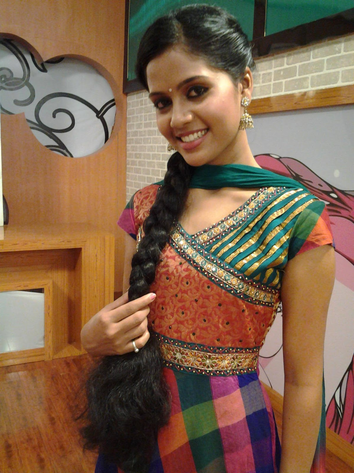 Watch Sneha Unnikrishnan video