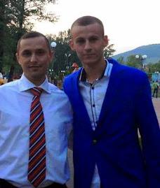 Alături de elevul Iulian Urdă (XII C), nota 9,80 la Istorie - Bacalaureat 2013