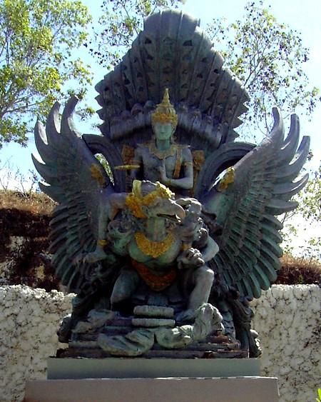 Garuda Wisnu Kencana statue design