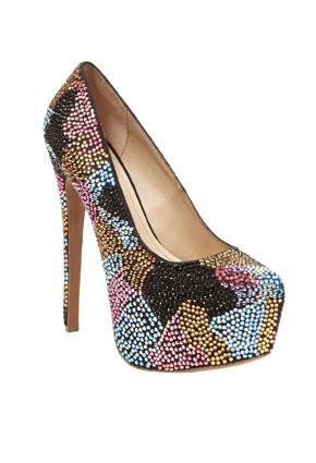 أحذية 2013 - تشكيلة متنوعة لأحذية الربيع لـ 2013